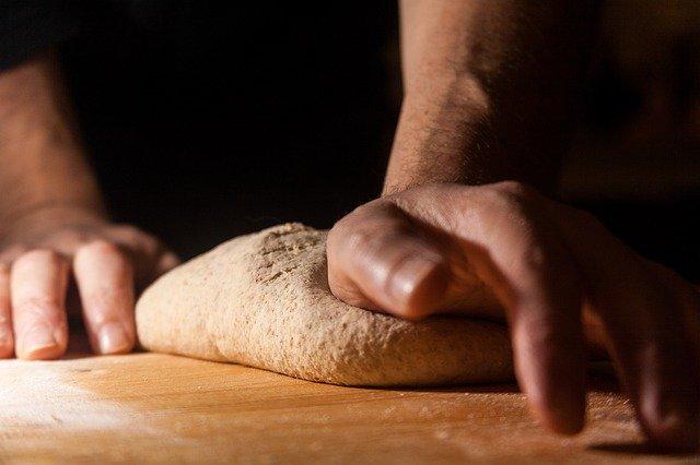 impasto del pane in fermentazione